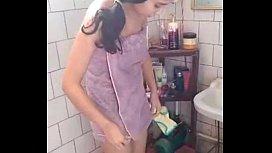 แอบถ่ายxxxx หุ่นดีมาก ๆ สาวแอร์โฮตเตส ล้างหอย นมใหญ่