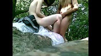 เอาในป่า เย็ดในป่า เย็ดบนโขดหิน เย็ดนักเรียน เปิดซิงนักเรียน