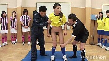 โป๊Japanese แก้ผ้า เสียวหี เล่นเกมส์18+ เย็ดนักบอลเอเชีย