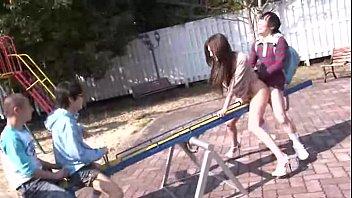 โป๊av แข่งกันเย็ด เย็ดในสนามเด็กเล่น เย็ดเสียว เย็ดหีสาวญี่ปุ่น