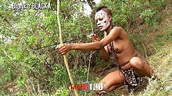 แอบเย็ดควย แอบขย่มควย เอากับคนป่า เย็ดคนป่า เย็ดกลางแจ้ง