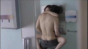 เย็ดในห้องน้ำ เย็ดเสียว เย็ด เงี่ยน หีเกาหลี