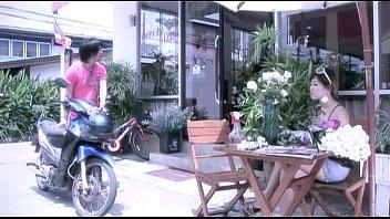 โดนเย็ด เย็ดเจ้าของร้านดอกไม้ เย็ดหี หุ่นxxx หีสาวไทย